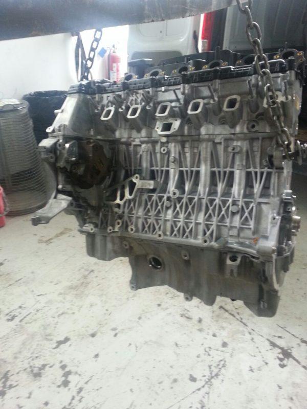 Motore BMW 330XD 1