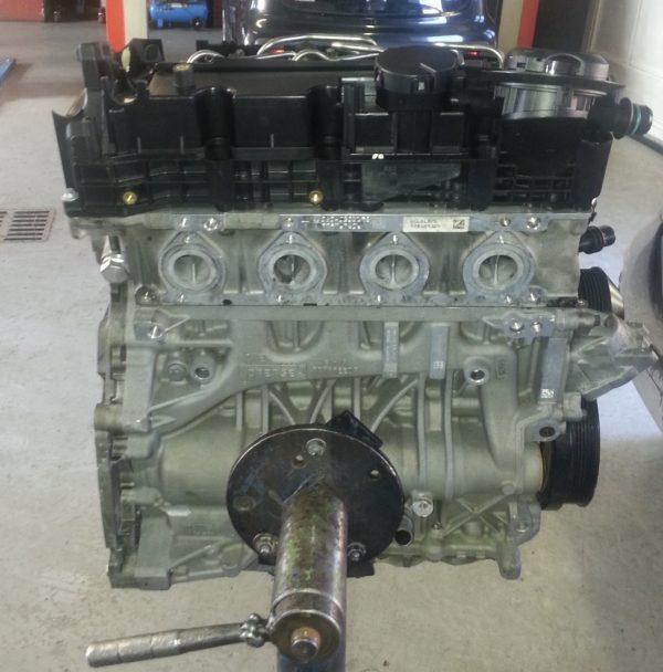 Motore revisionato a nuovo n47d20a Bmw Serie 1 2.0 Tdi